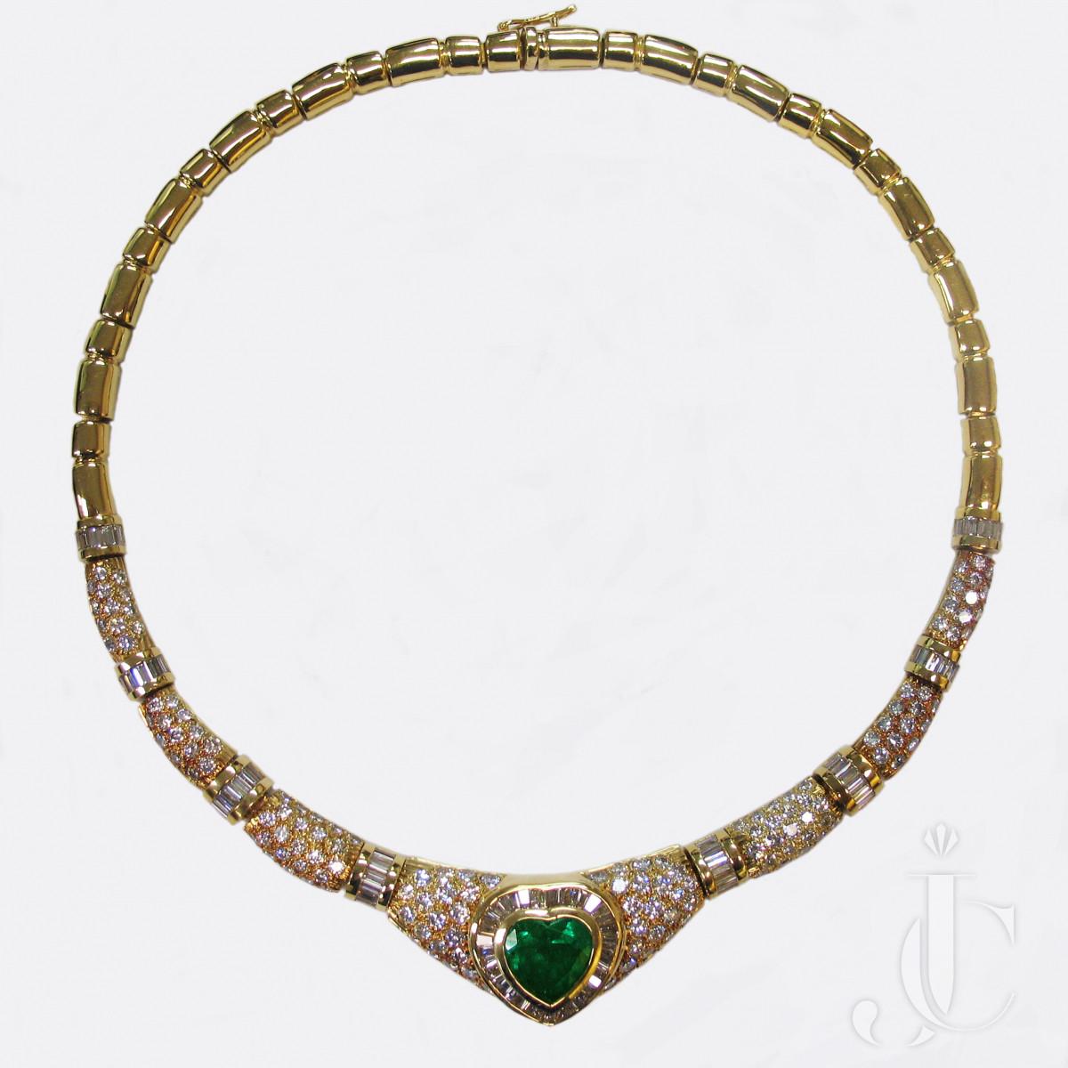 18kt Heartshape Emerald and Diamonds Necklace