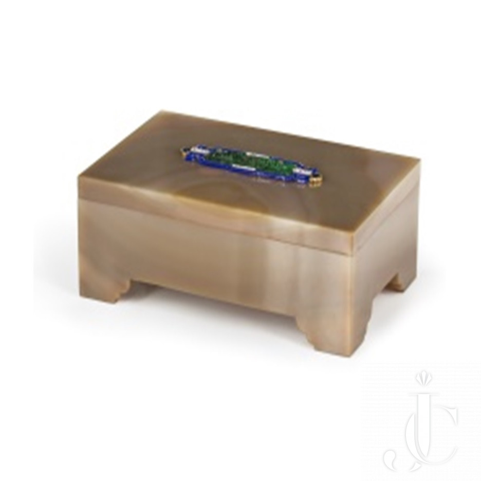 18k gold, agate, jade and enamel cigarettes box by Cartier-Paris