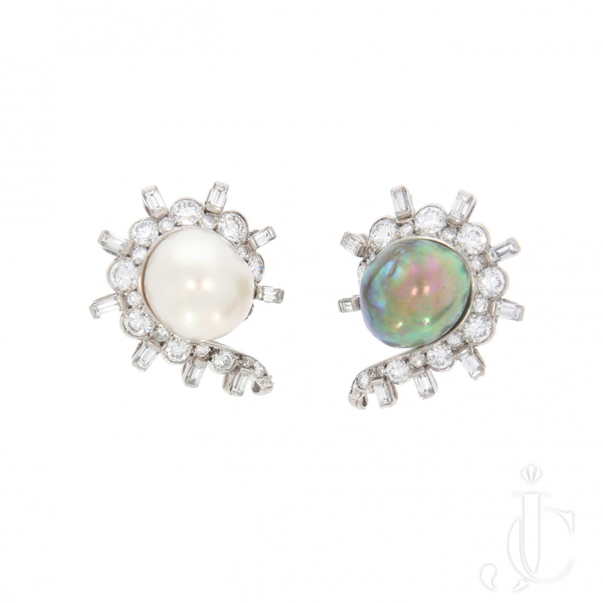 Bicolor Pearl Earclips