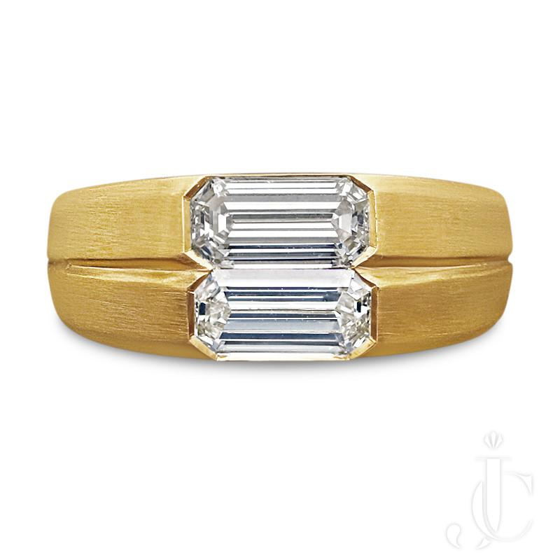 Hancocks - 0.73ct & 0.77ct emerald-cut diamond 22ct  gypsy ring