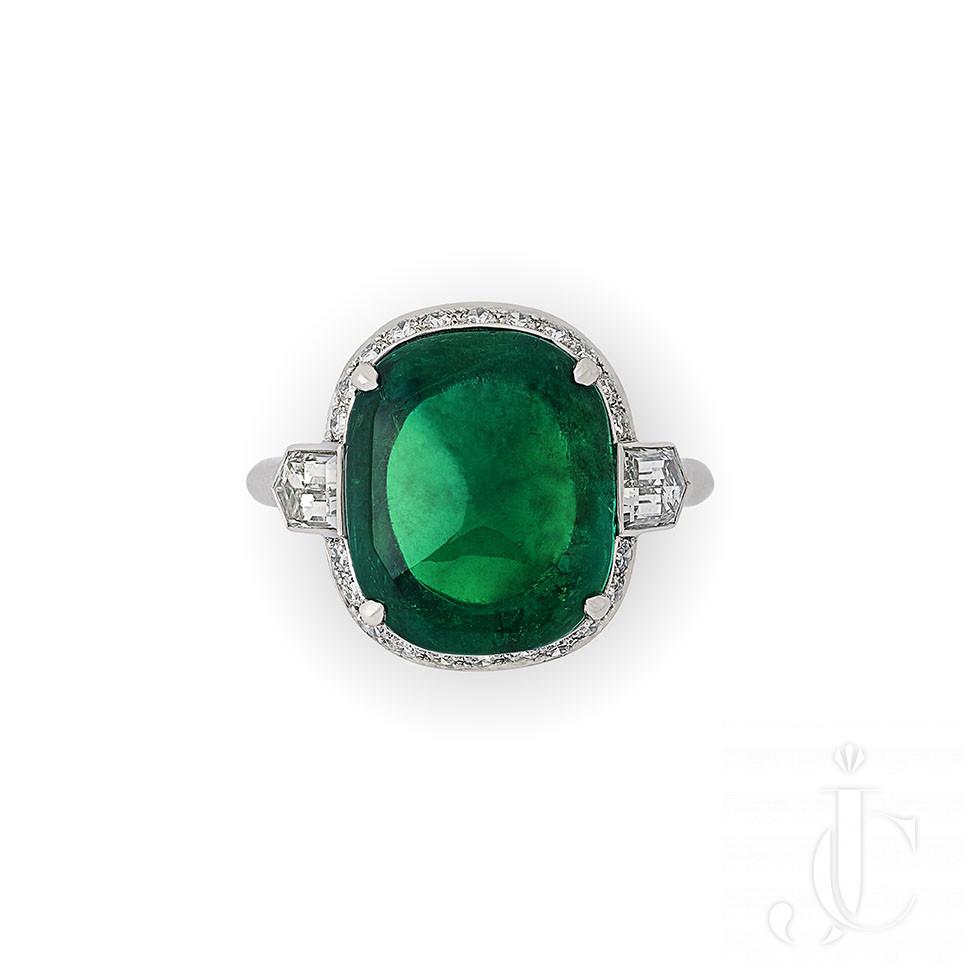 Hancocks - 8.59ct Old Mine Colombian Sugarloaf Emerald & diamond ring