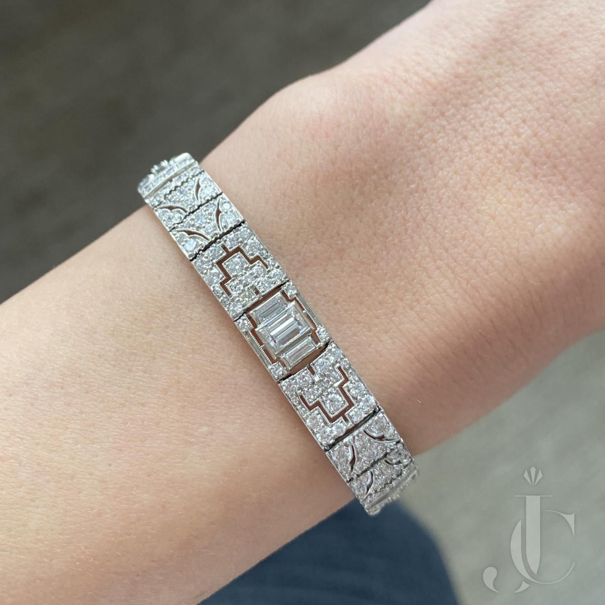 Platinum Diamonds Art Deco Bracelet
