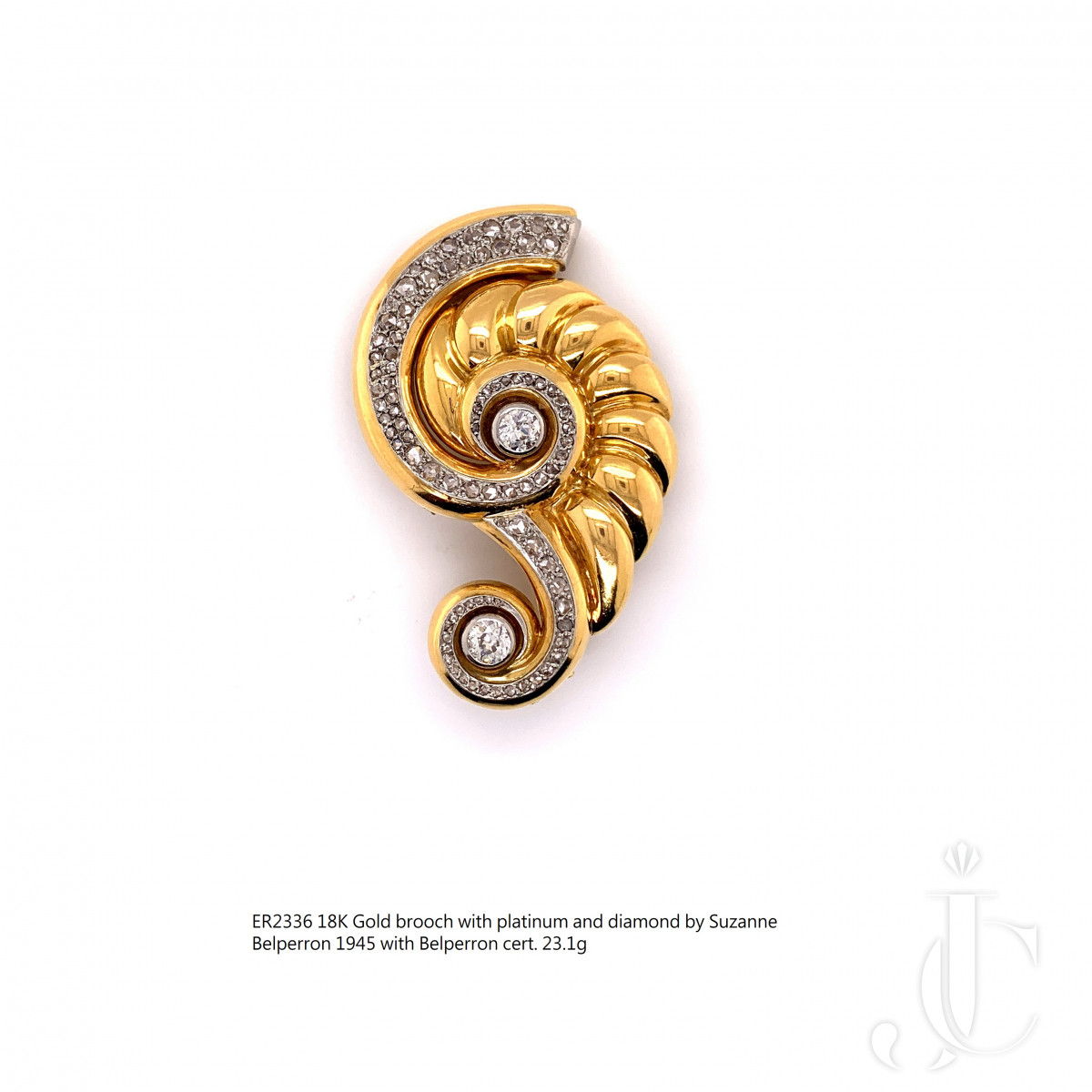 18K Gold brooch with platinum and diamond by Suzanne Belperron