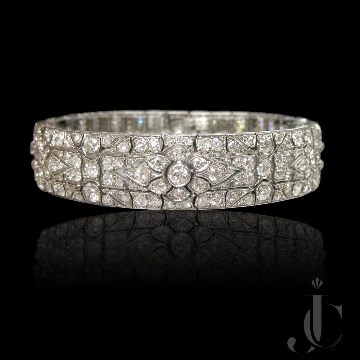 Platinum Art Deco  Diamonds Bracelet, circa 1930