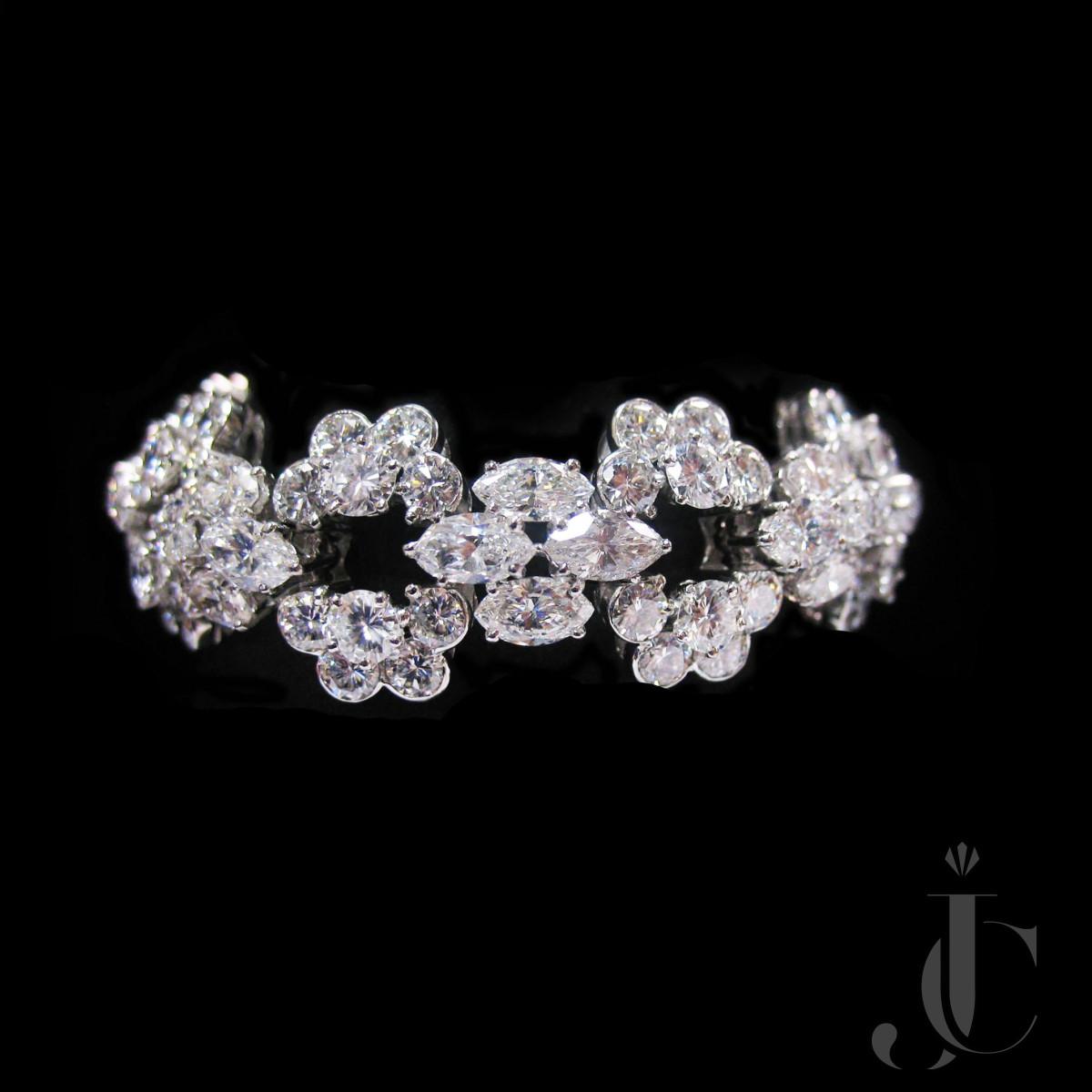 Platinum Diamonds Bracelet by Van Cleef & Arpels - Paris, circa 1965