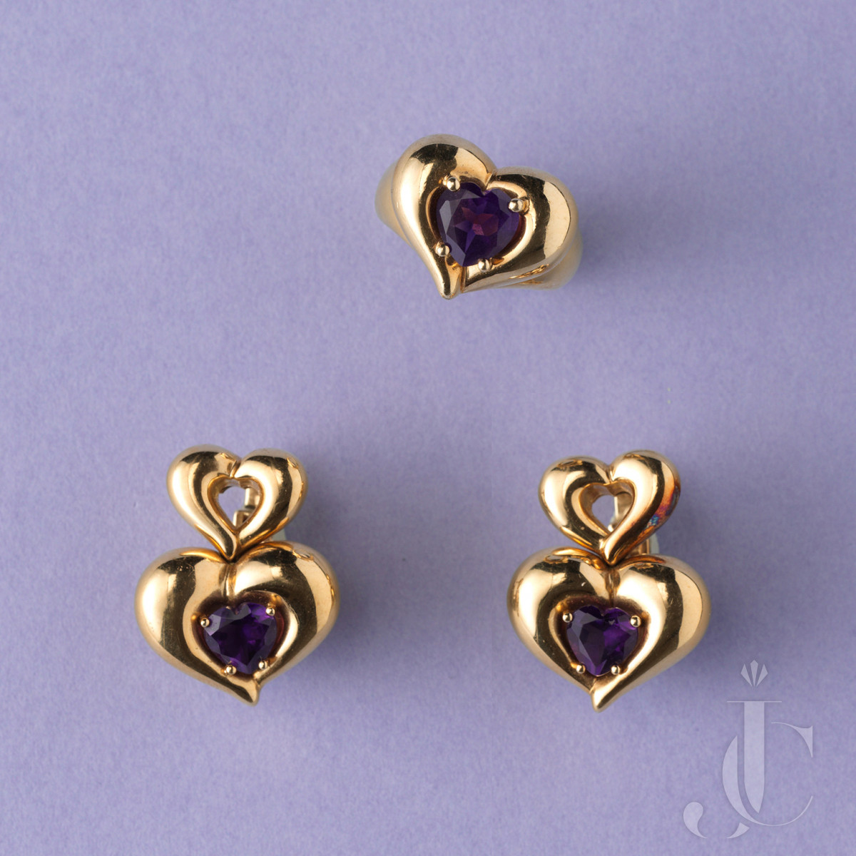 VAN CLEEF AND ARPELS GOLD AND AMETHYST HEART RING AND EARRINGS