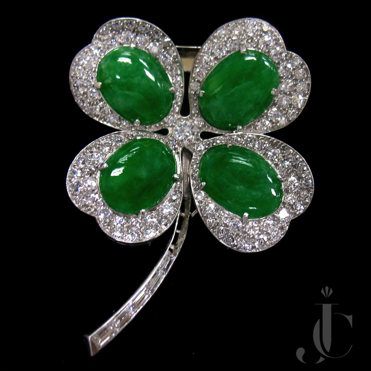 Platinum Jade and Diamonds Clover Brooch/Pendant, circa 1955