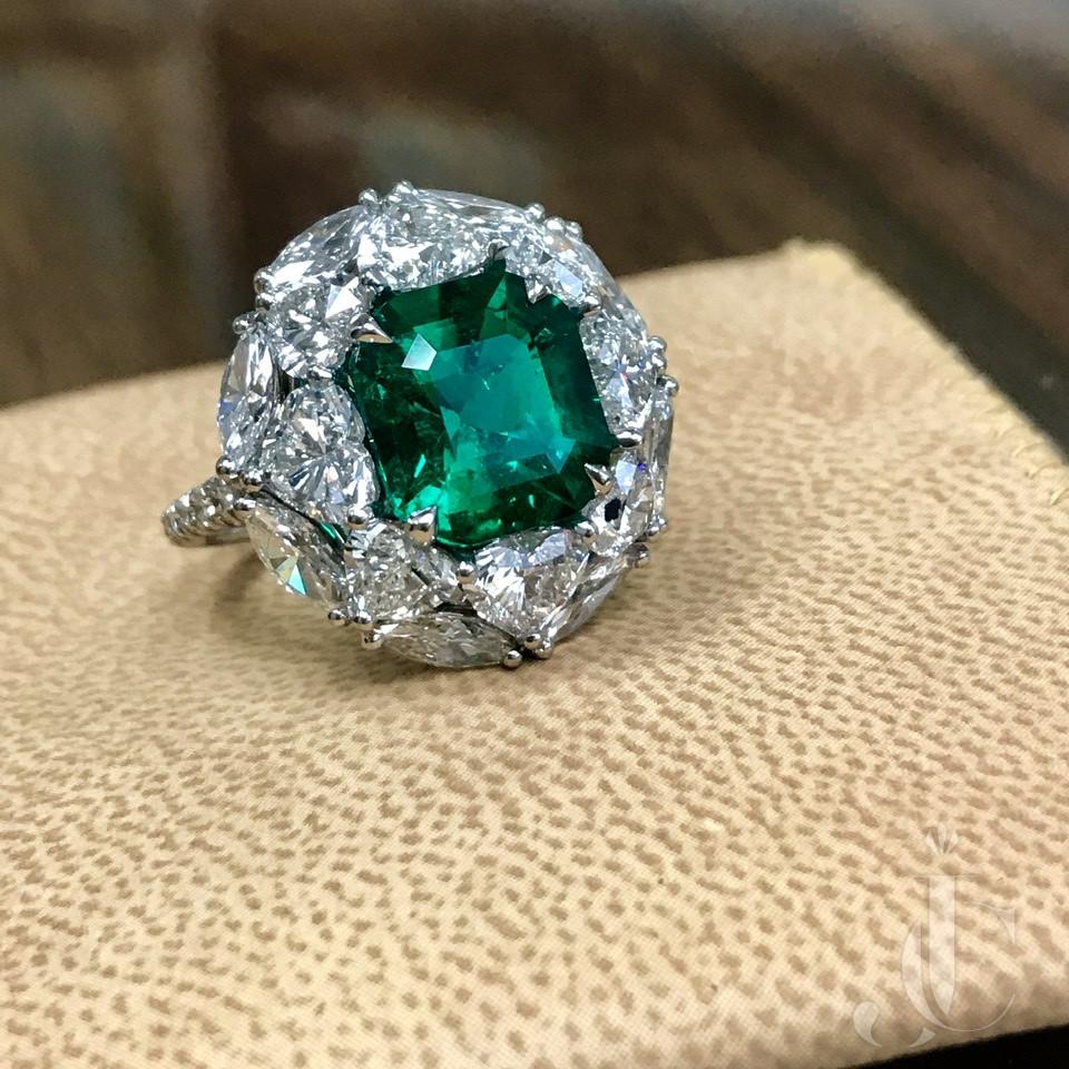 Colombian no-treatment fancy diamond ring