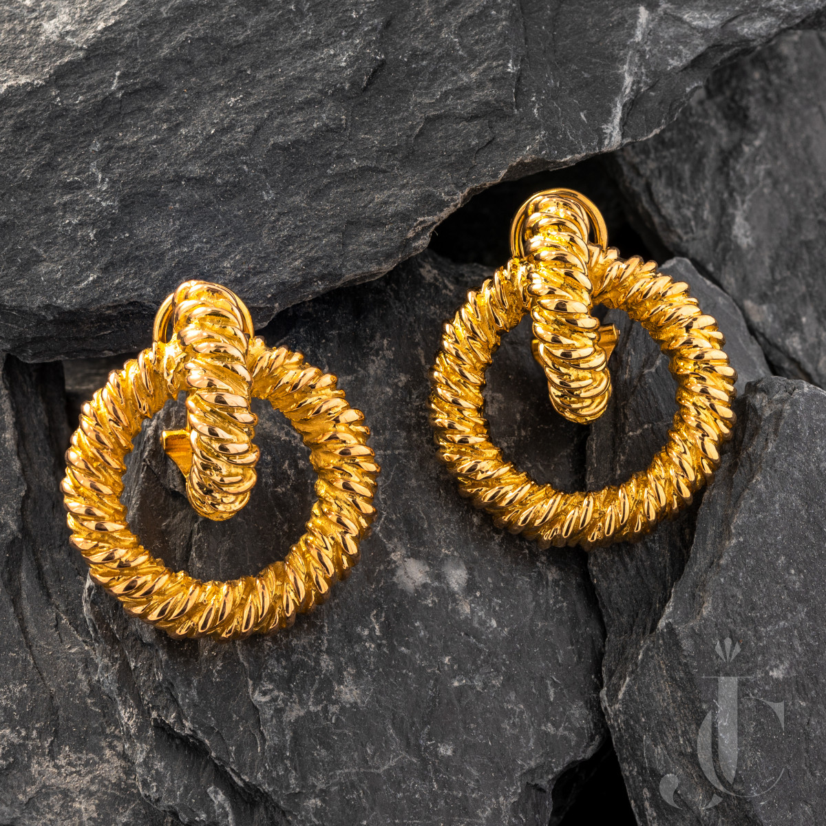 Hermès 18 Karat Yellow Gold Earrings