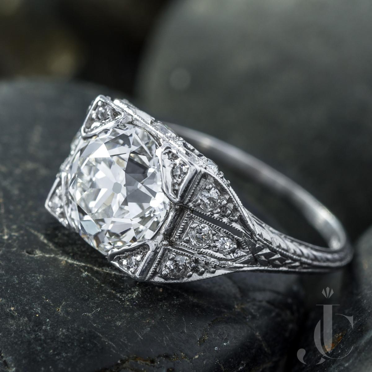 Art Deco Platinum 3.01 Ct Diamond Ring, GIA report I-VS1 OEC