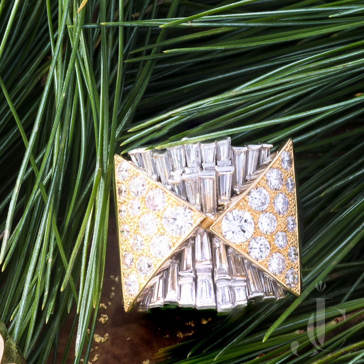 Unusual Gold and Platinum Diamond Ring