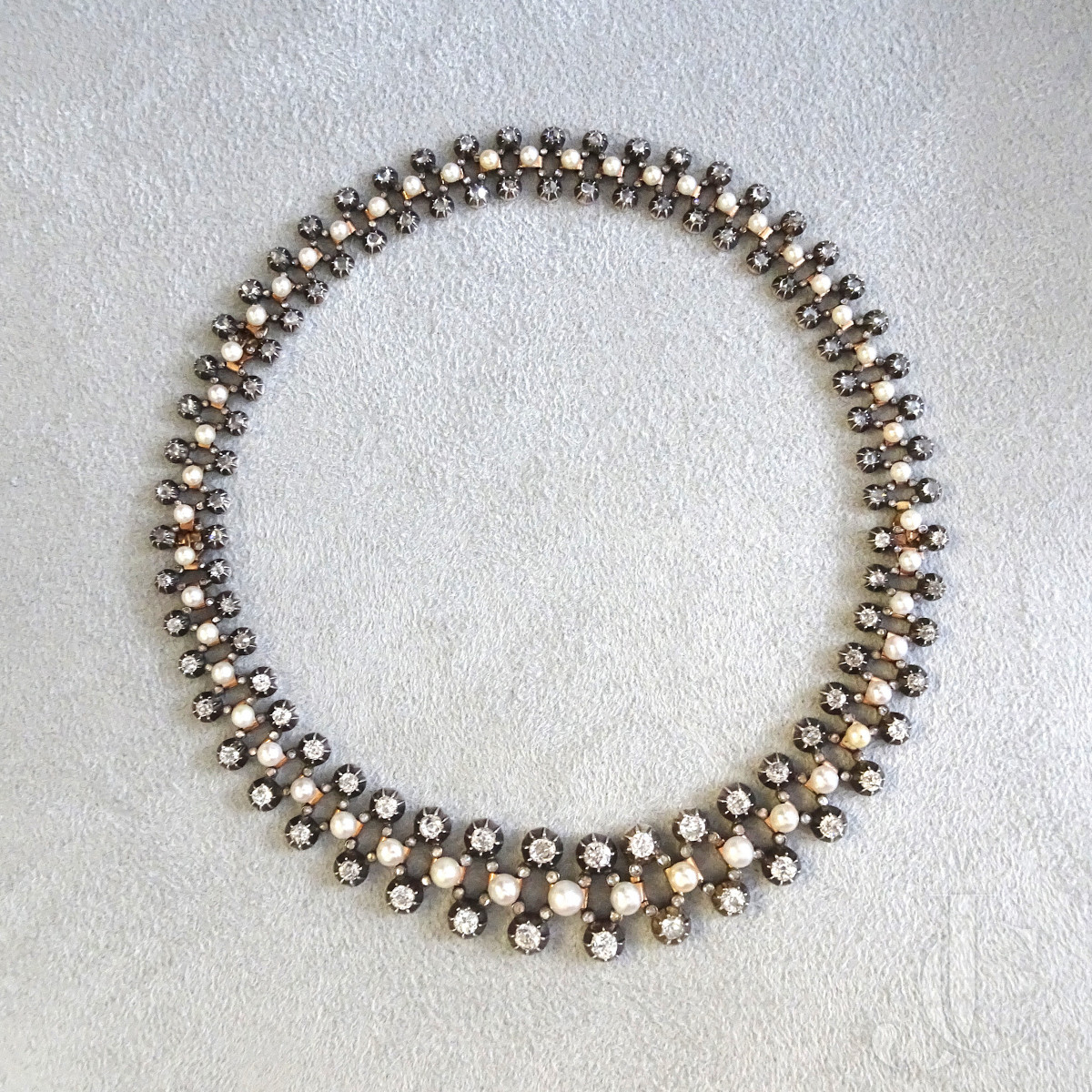 Pearl Necklace/Bracelet