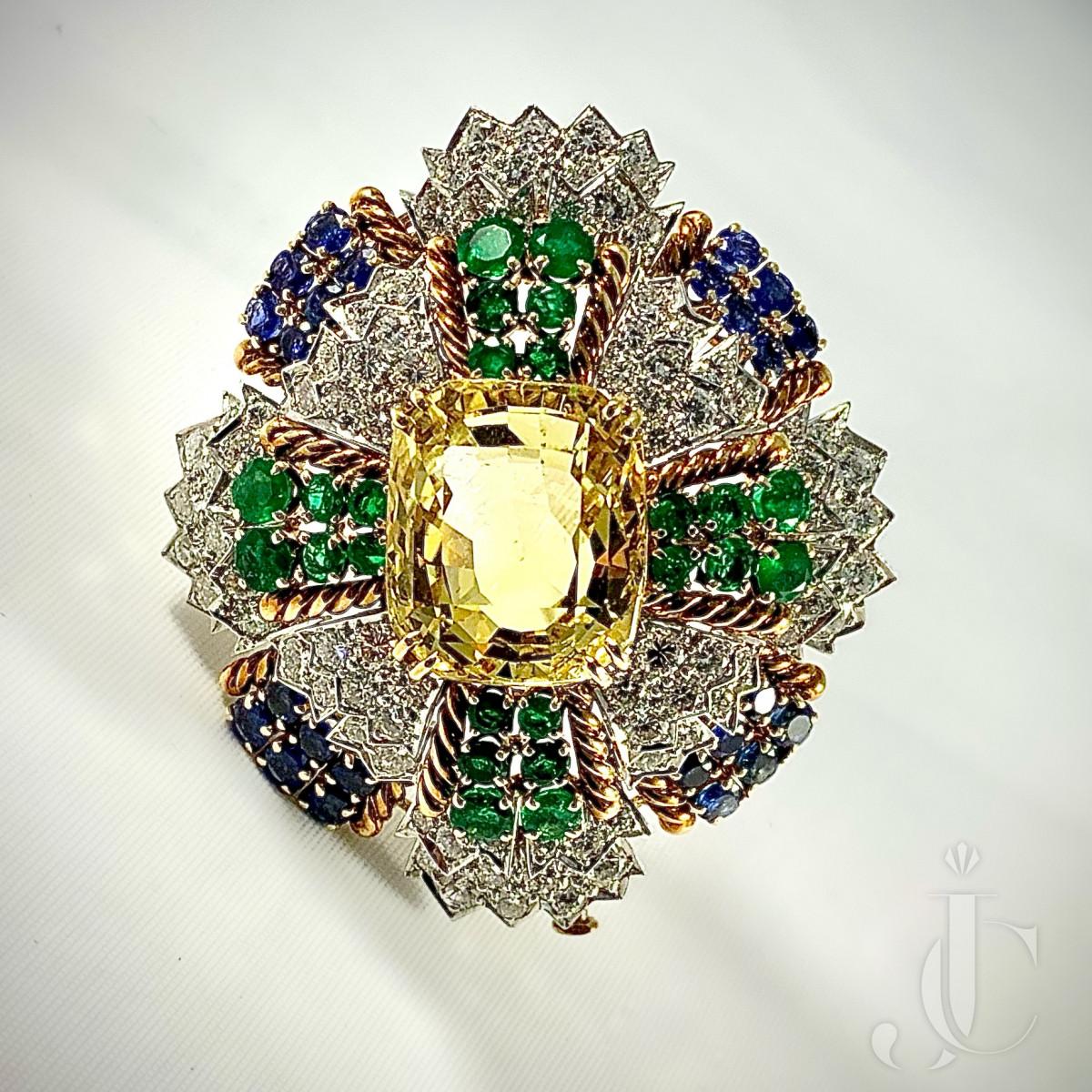 David Webb 18kt Yellow Gold, Diamond and Gemset Brooch