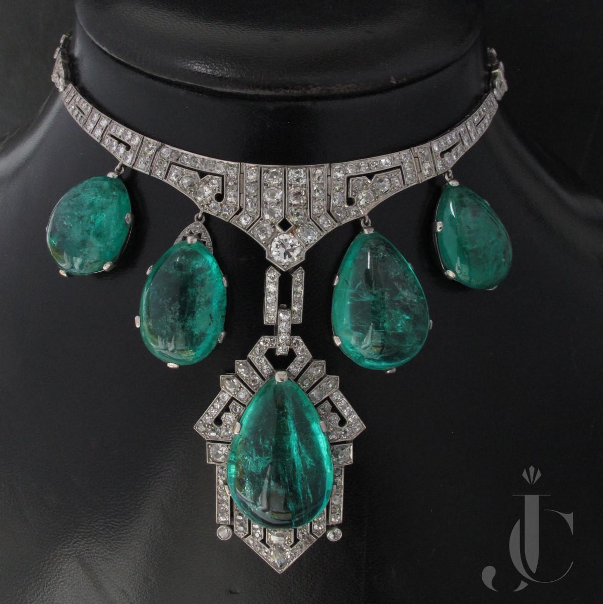 Columbian Emerald cabochon Necklace