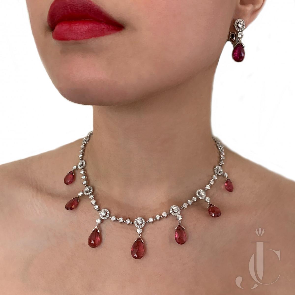Diamond Tourmaline 18kt Gold Necklace