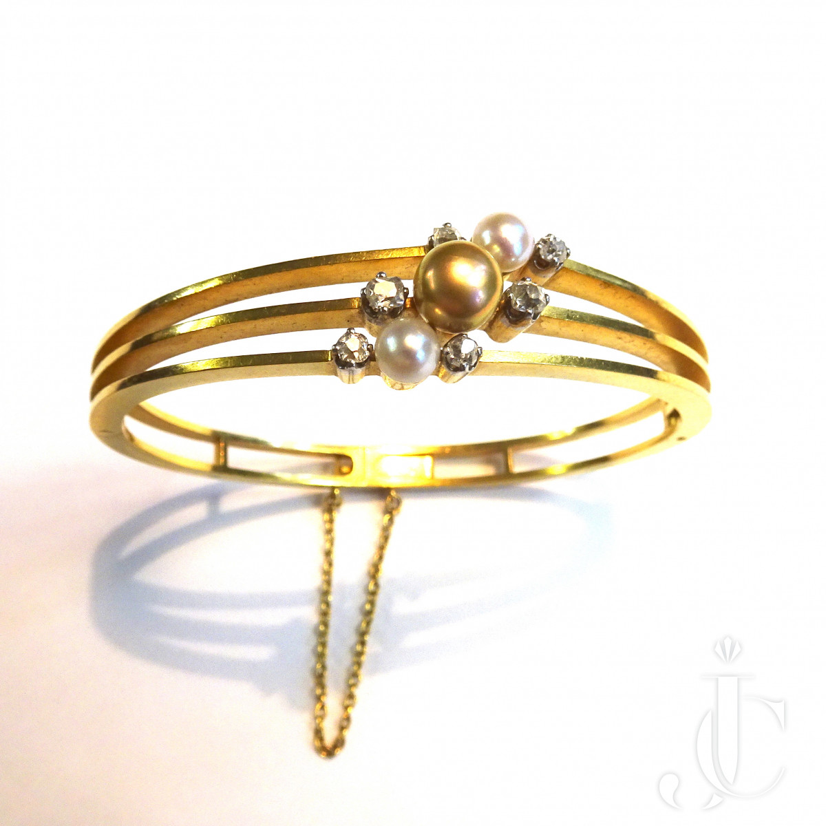 Pearl Gold Bangle by Bapst Paris