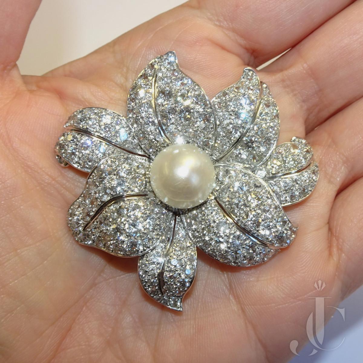 Diamond Platinum Flower Brooch