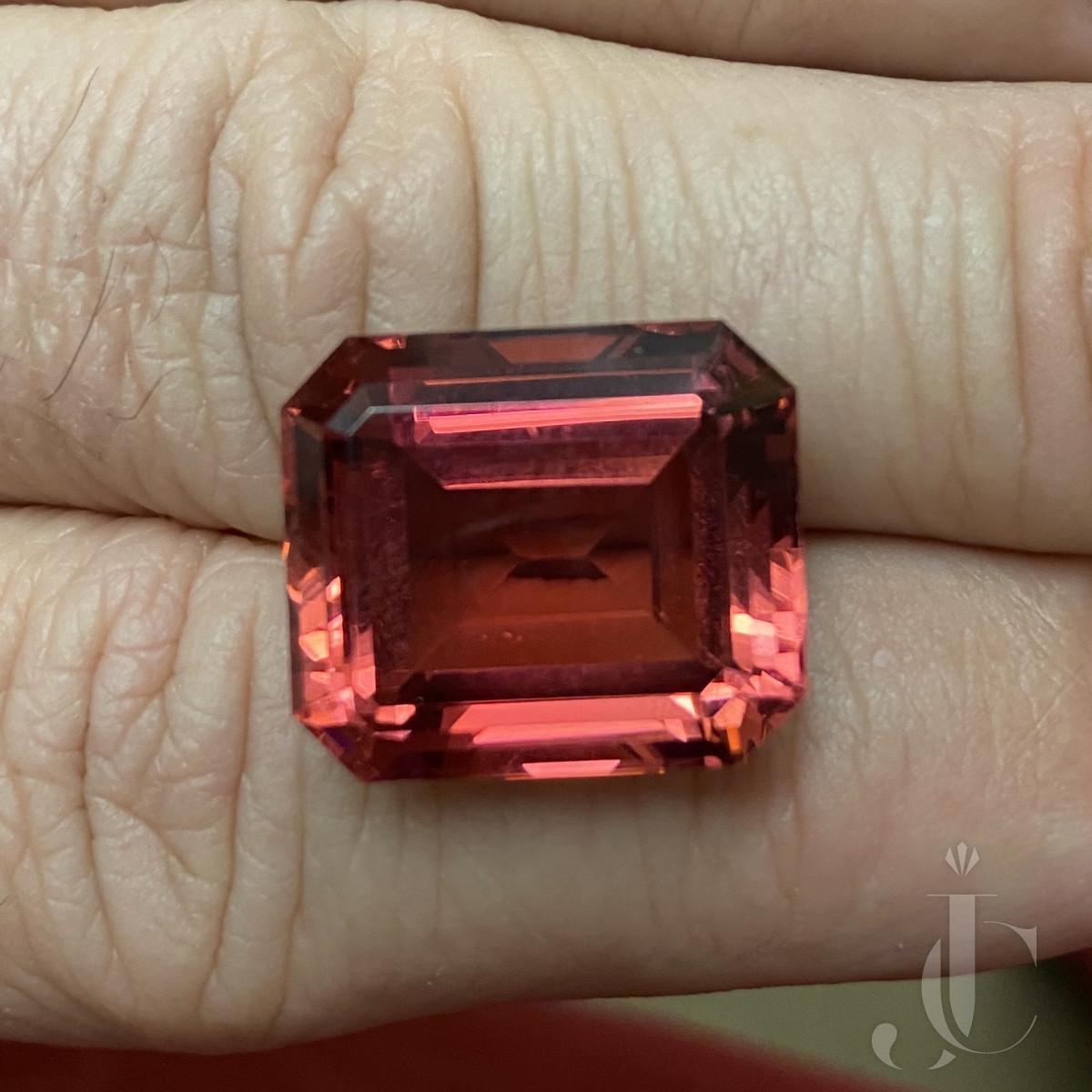 29,15 ct Pink Tourmaline