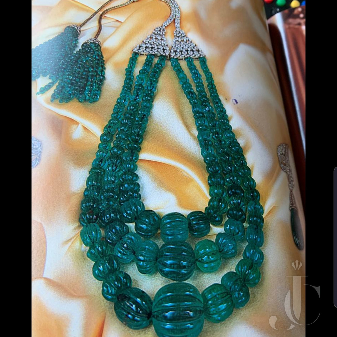 Emerald Carved Bead 3 lines with Diamond long back side clasp