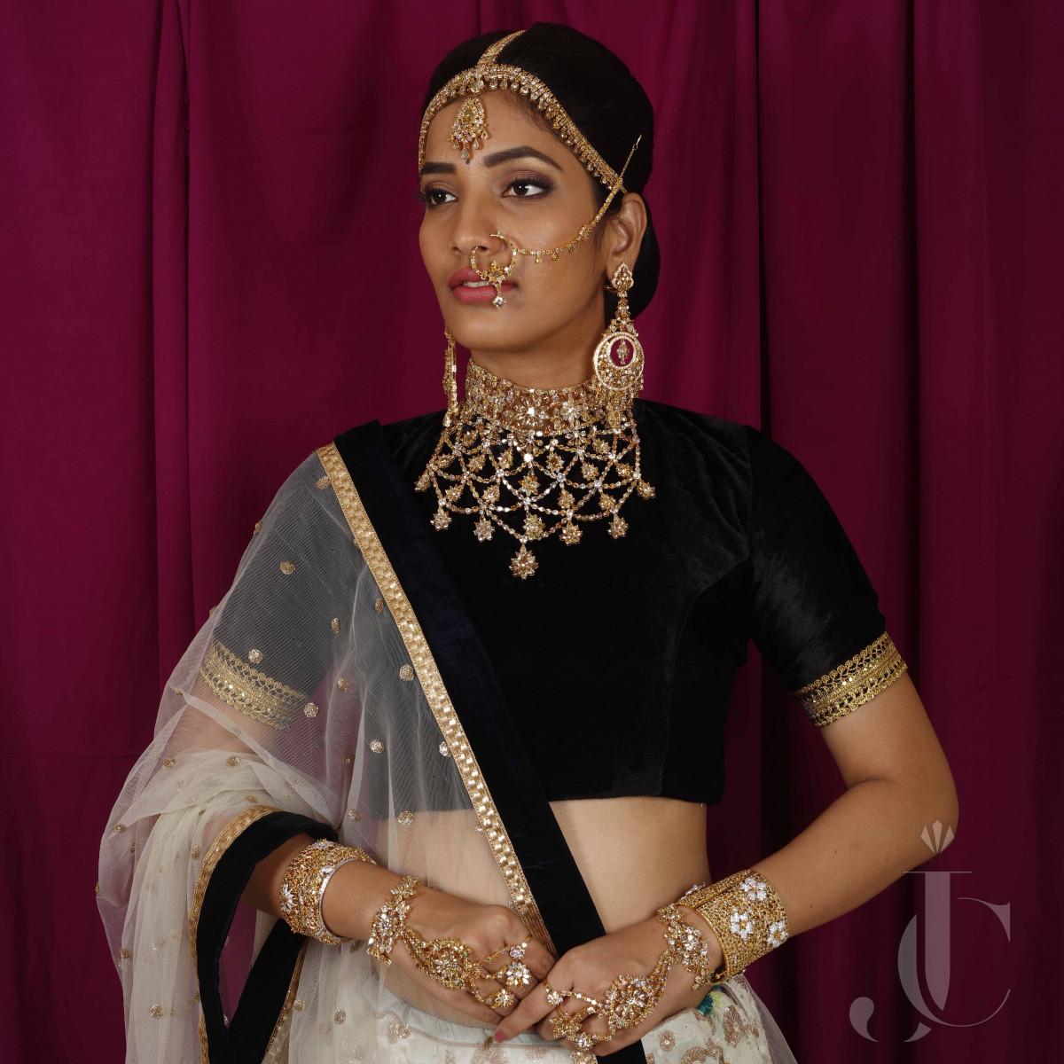 Bridal Full set Fancy coloured Mix Shape Diamonds Jewelery