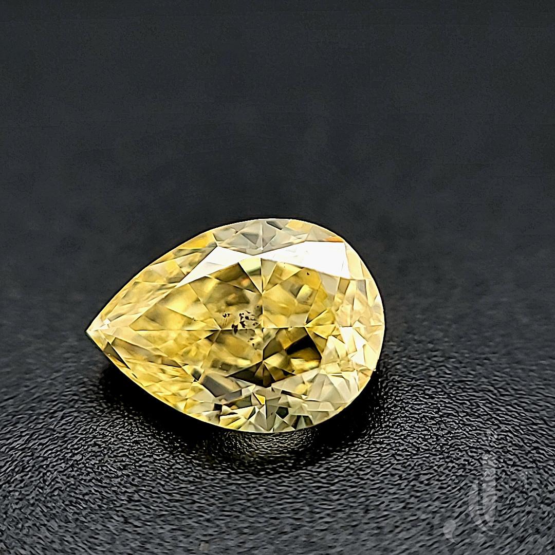 GIA 1.38 Carats Fancy Intense Yellow SI 2