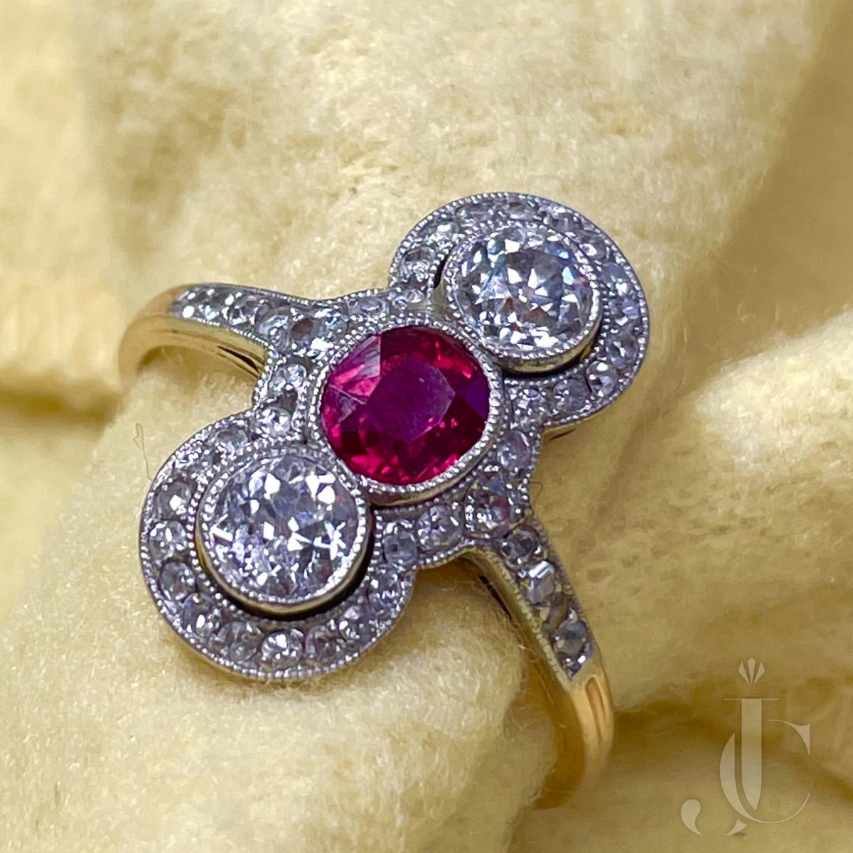 Edwardian Burma no-heat Ruby Ring. C1915