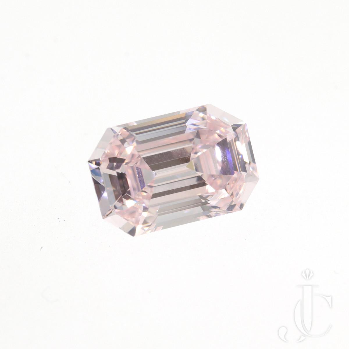 2.44 ct Light Pink emerald Cut Internally Flawless