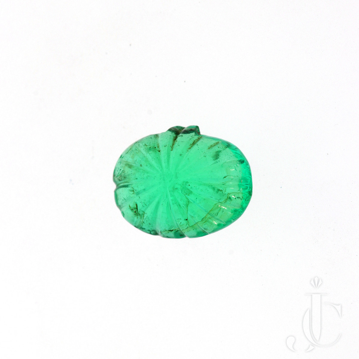 5,79 ct carved Emerald