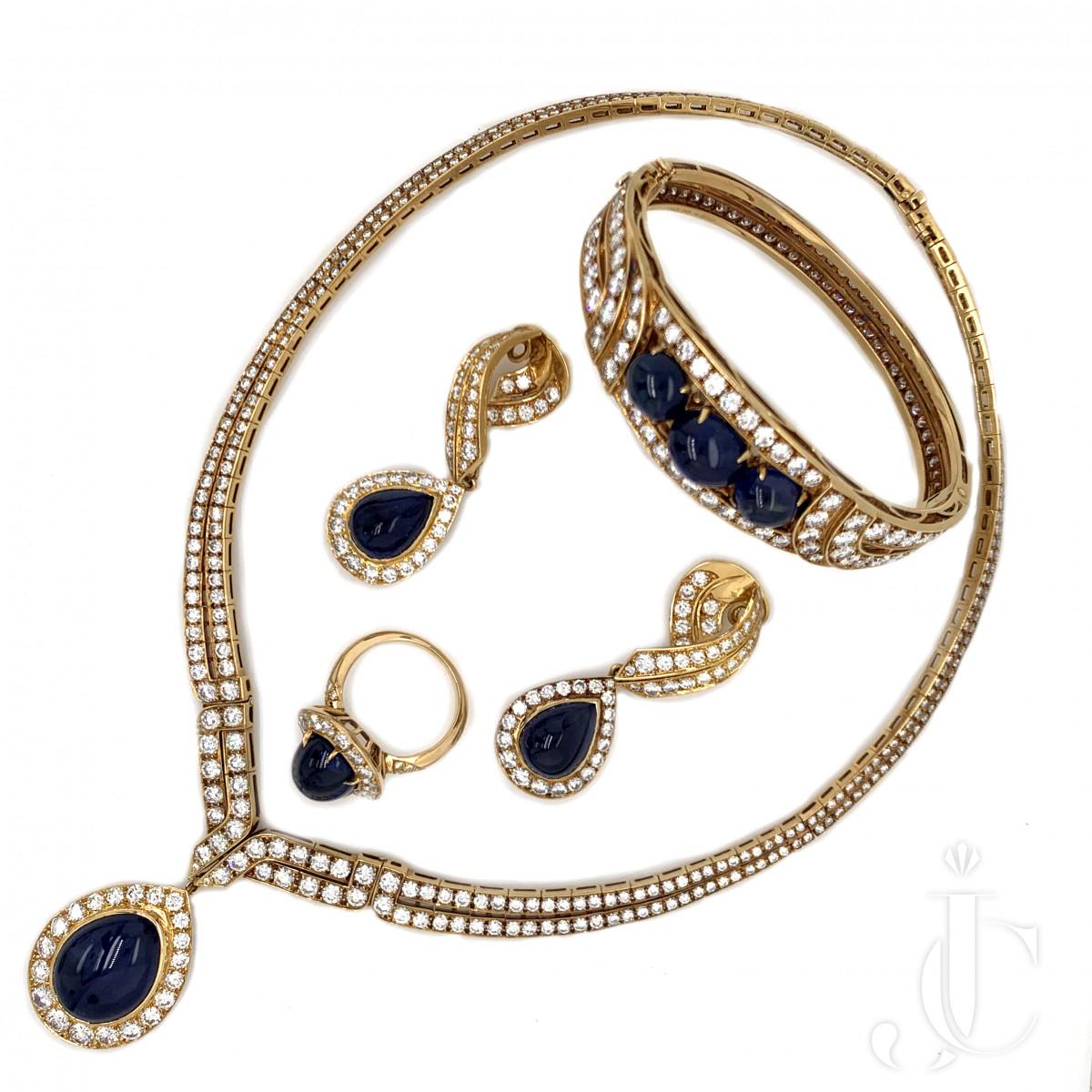 VCA French Diamond Sapphire Suite