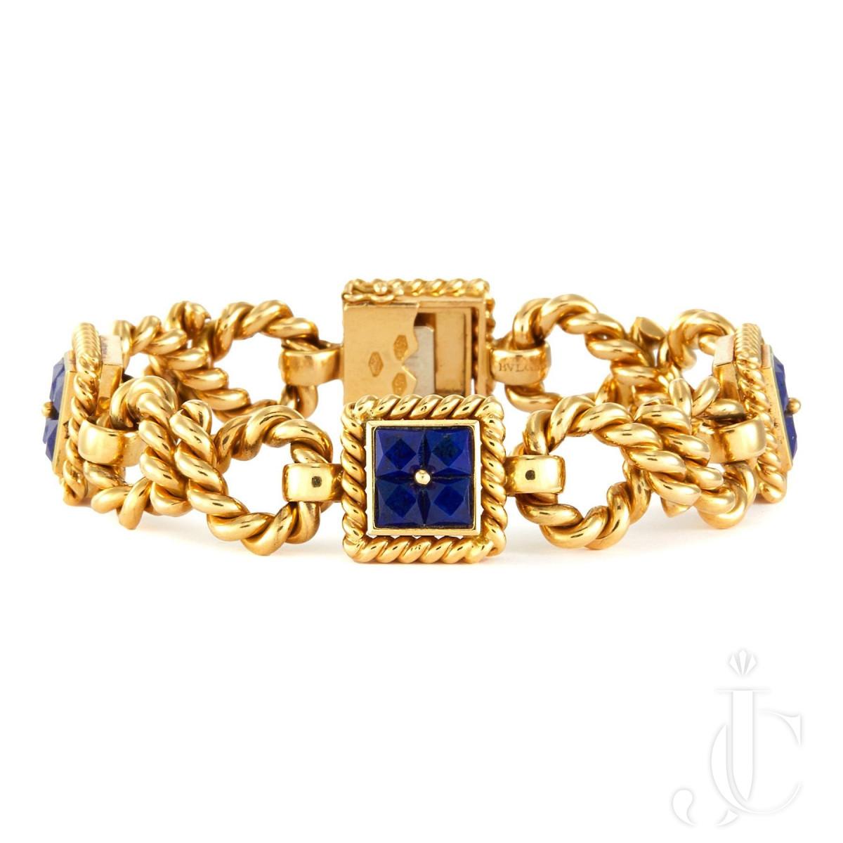 An 18k gold lapis bracelet by Bvlgari