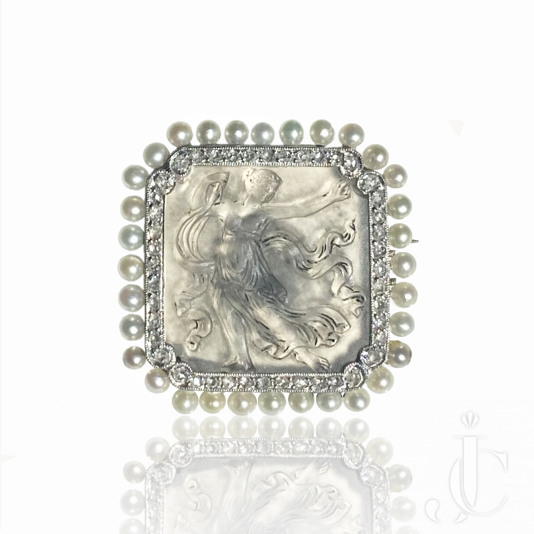 French Platinum Carved Crystal Pearl and Diamond Pin