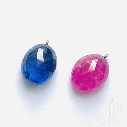 7,83 ct Sapphire and 6,48 ct Ruby Briolette