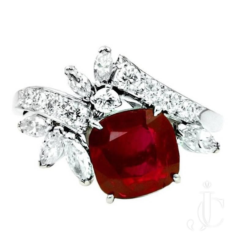 Raymond Yard 3.01 carat vivid Intense red Burma Ruby No Heat Ring