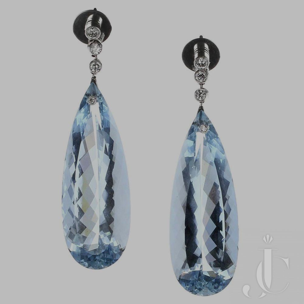 100 carats Aquamarine Diamond Platinum Earrings