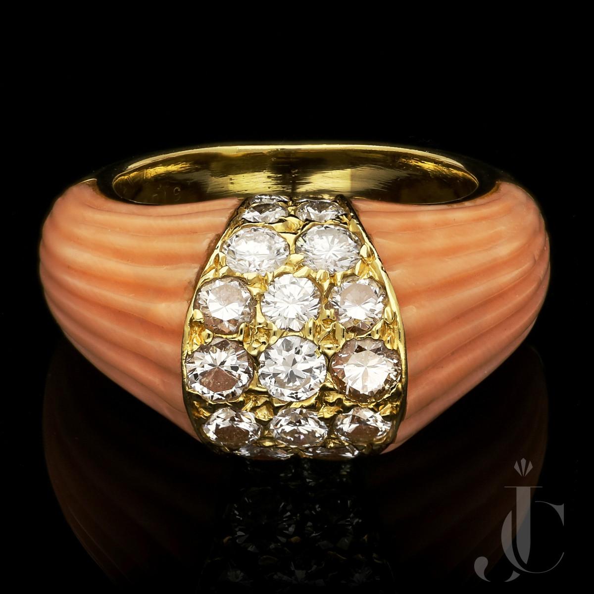 Cartier, Paris - Retro Fluted Coral diamond ring c.1960