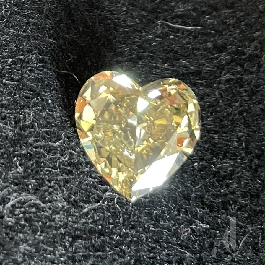 5,03 ct Diamond Heart
