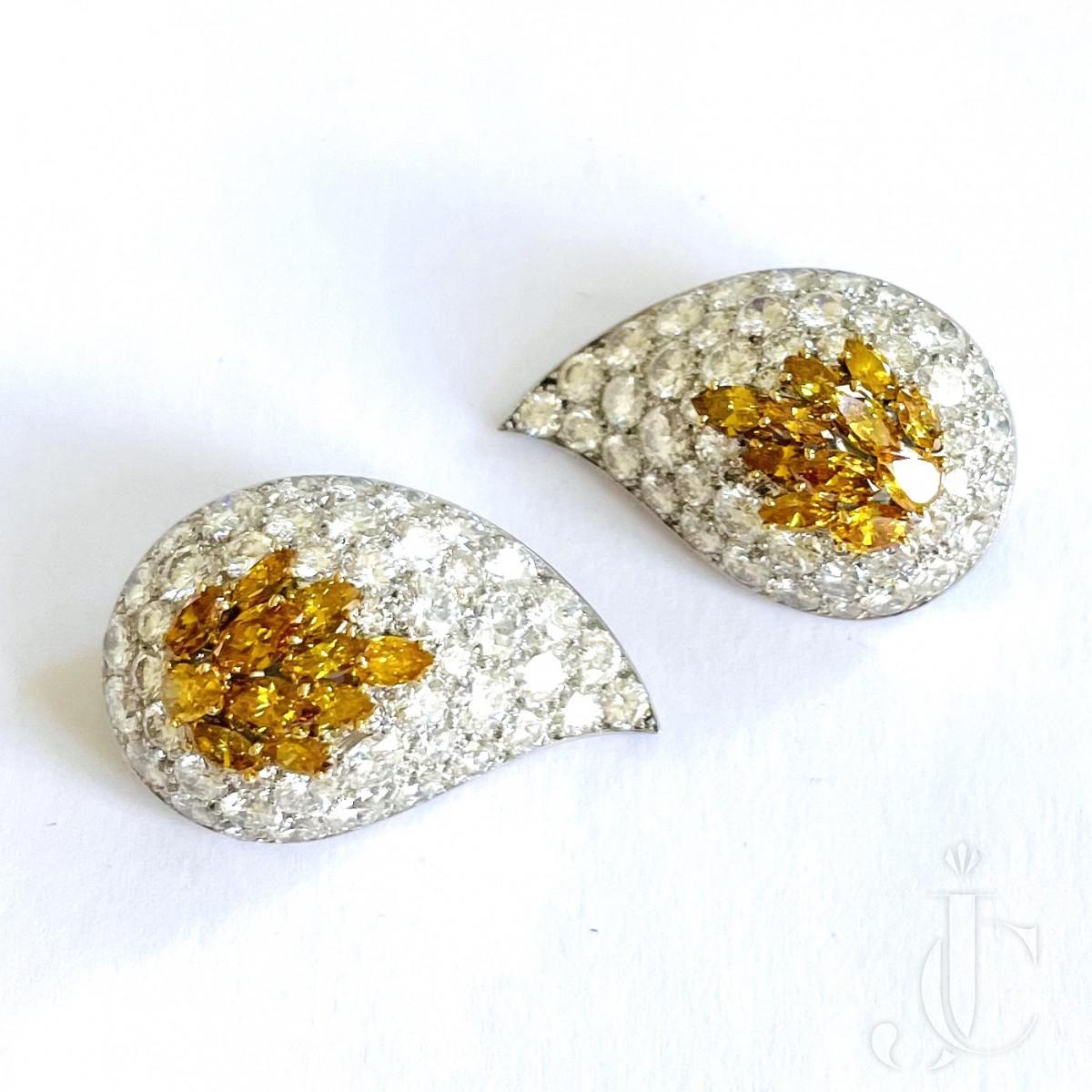 VCA Diamond Ear Clips