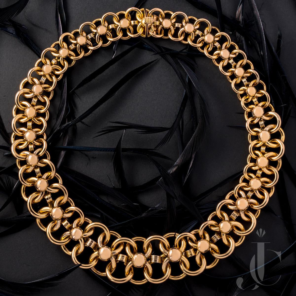 Retro 18 Karat Yellow Gold Necklace