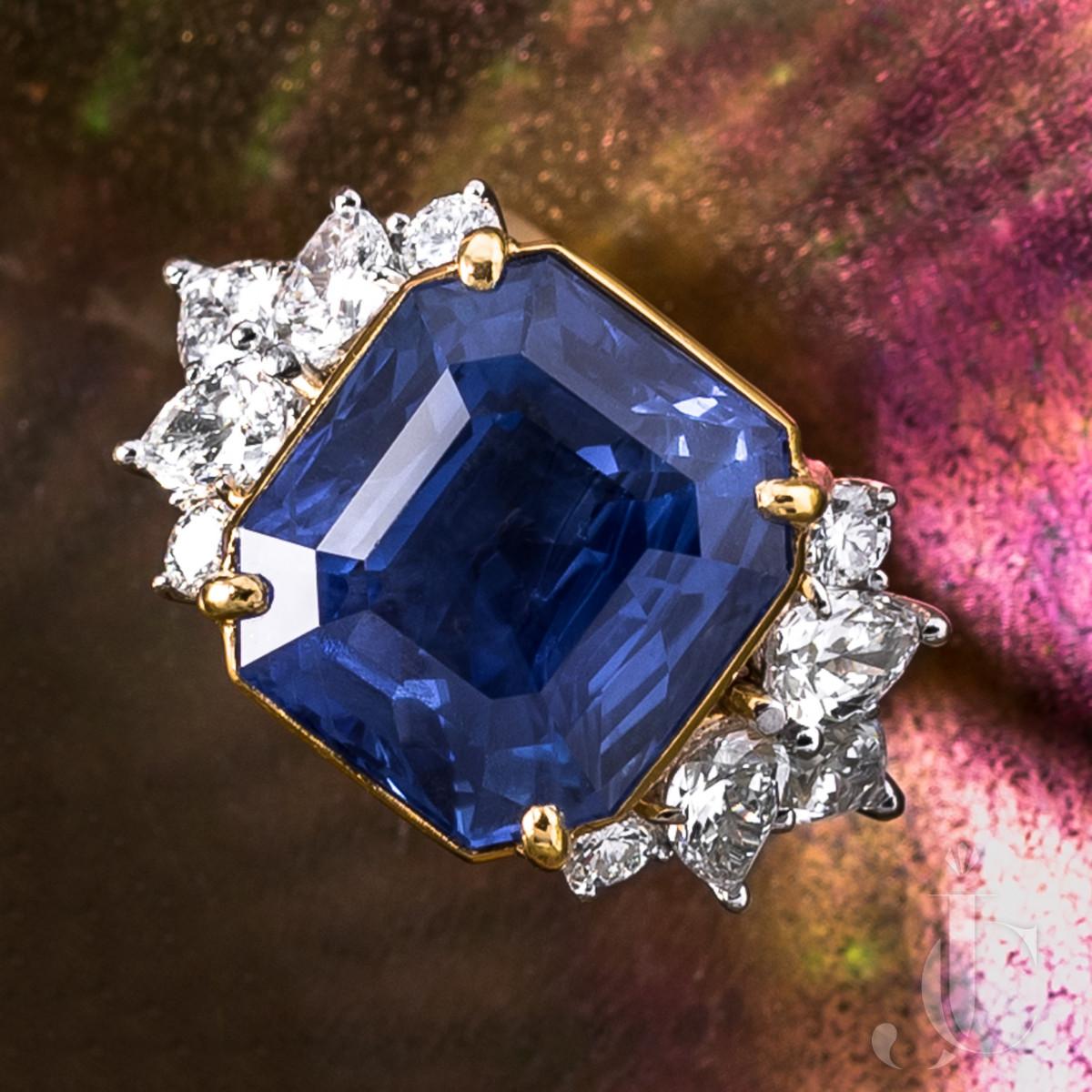 17.29 Ct NH Ceylon Sapphire and Diamond Ring