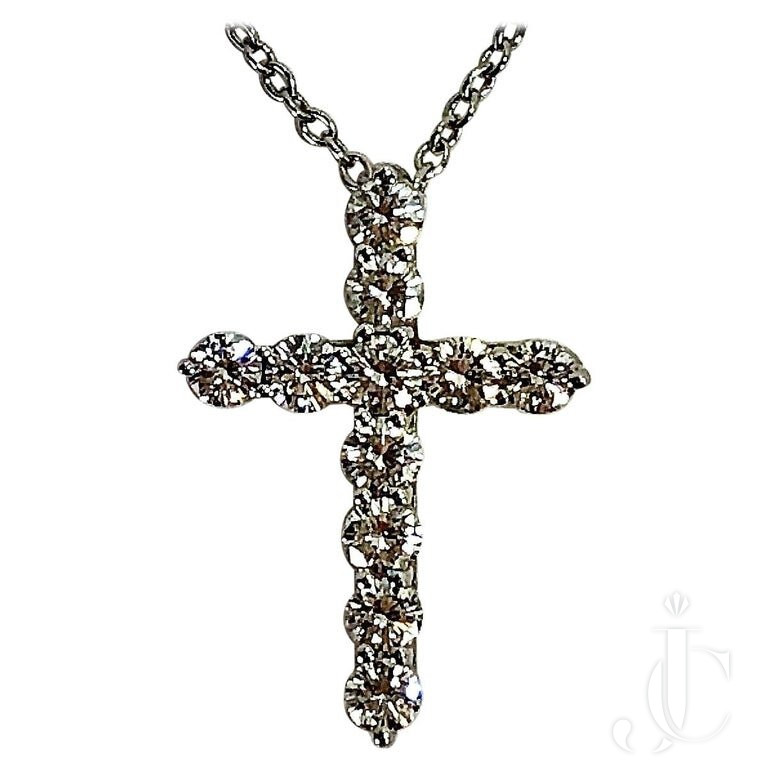 Elegant Tiffany & CO. Platinum And Diamond Cross