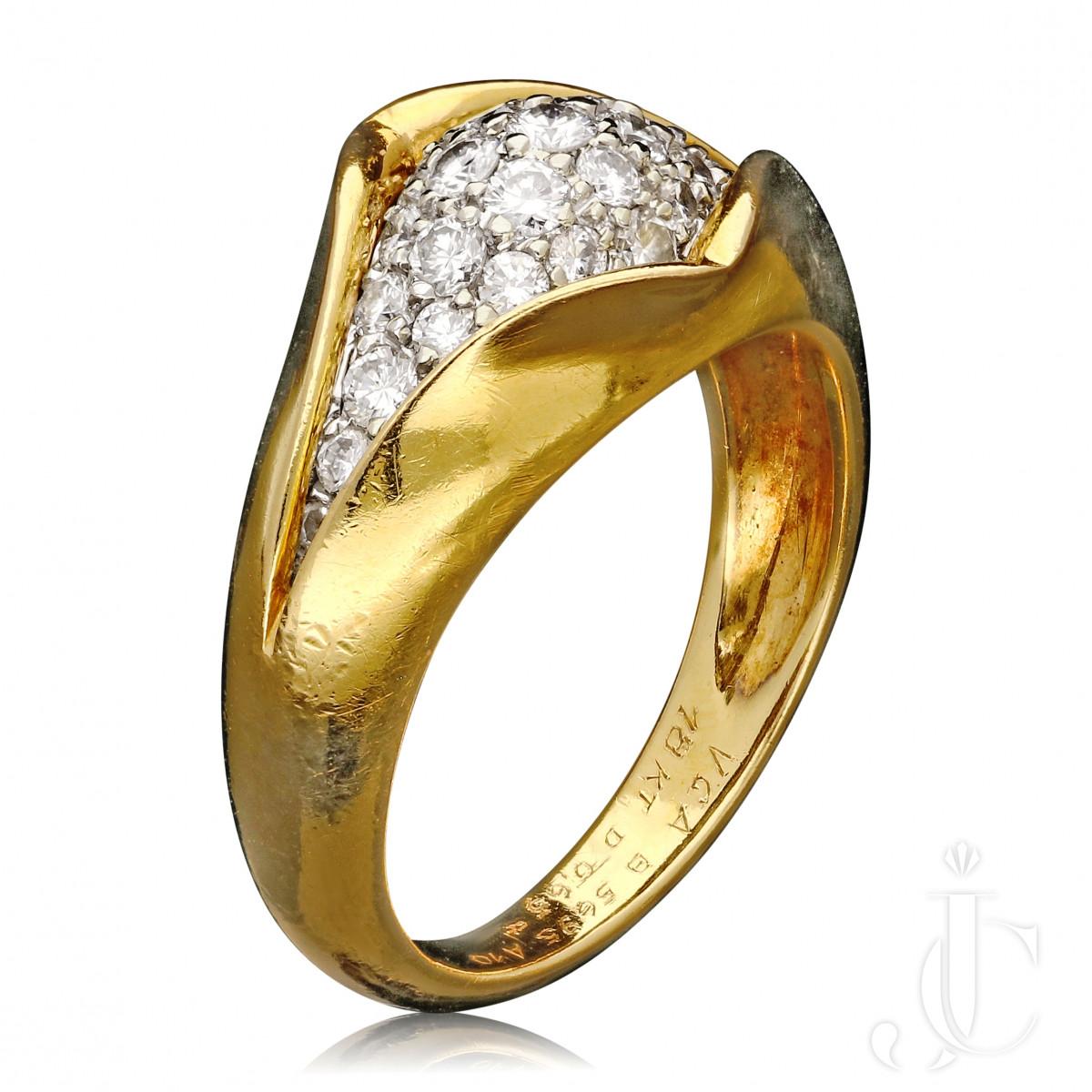 Van Cleef & Arpels - Pave set Diamond & Gold Ring c1970s