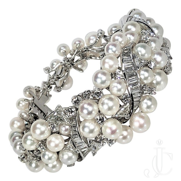 1950S GRADUATED BOMBEE PEARL And DIAMOND COCKTAIL BRACELET
