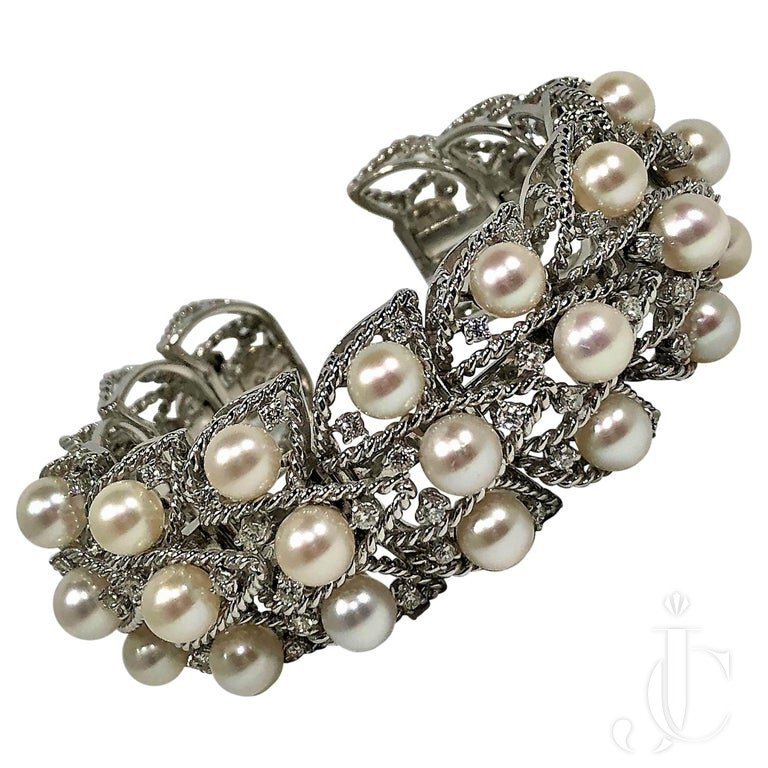 SEAMAN SCHEPPS WHITE GOLD PEARL And DIAMOND OPEN BACK FLEXIBLE CUFF