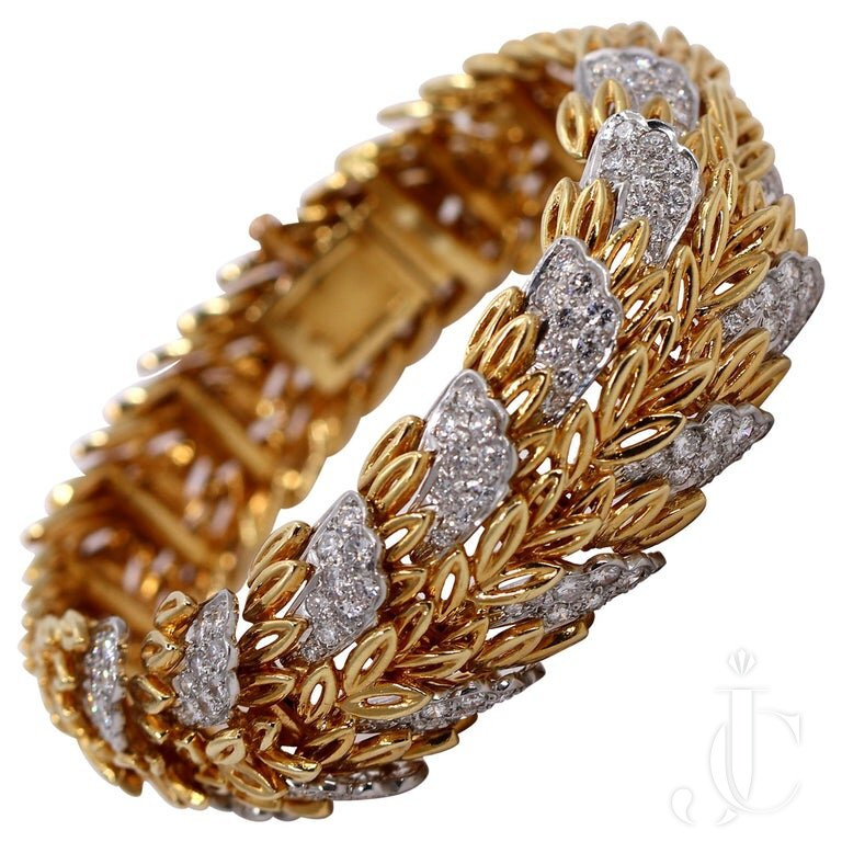 FRENCH, GOLD LEAF PATTERN BRACELET With DIAMONDS