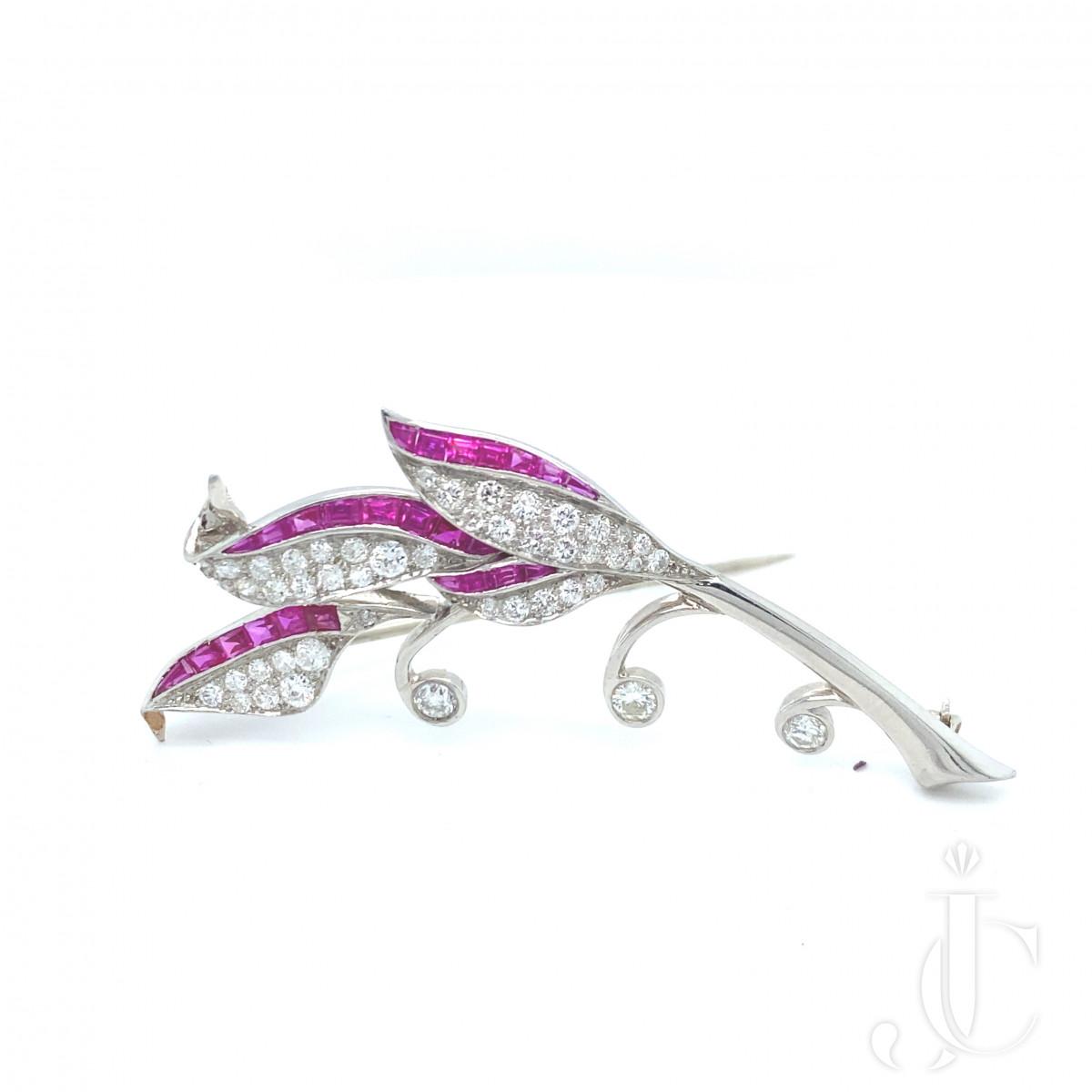 Ruby diamond pin