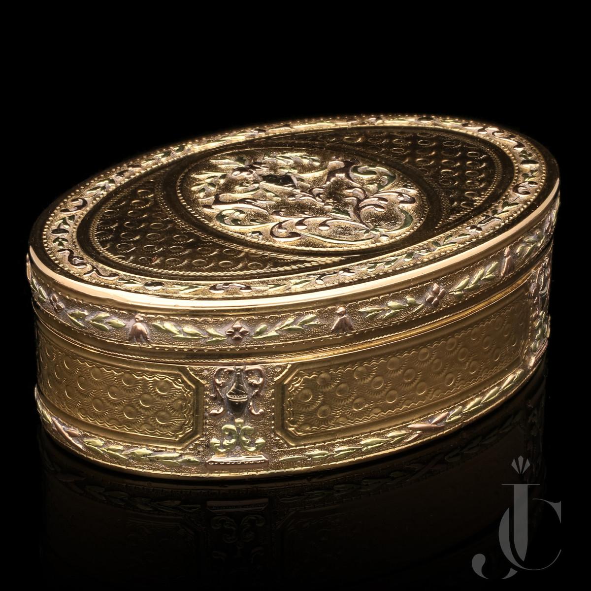 French 3 Colour Gold Snuff Box c.1780/82