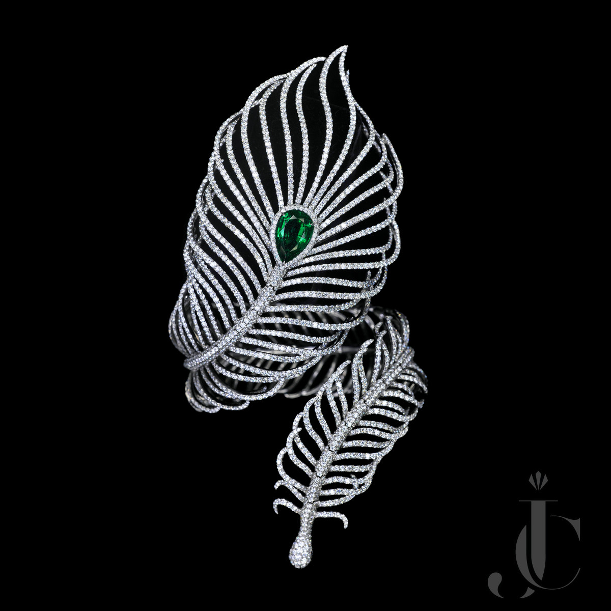 """""""FEATHER"""" BANGLE with over 4 carats Zambian Vivid Green Emerald, GRS cert available"""