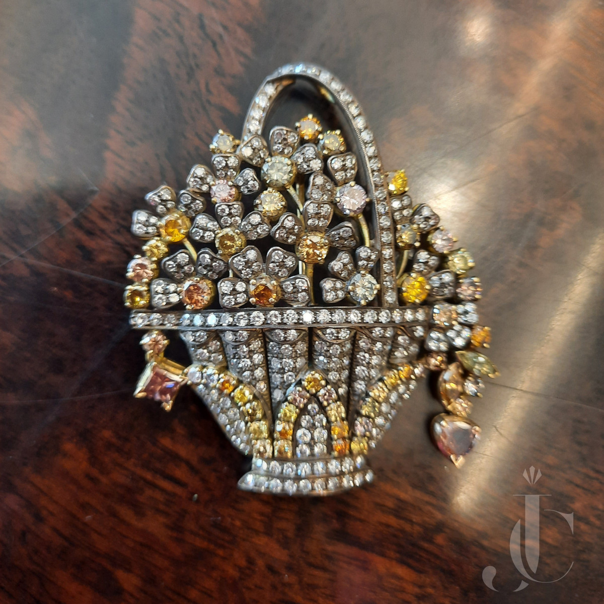 Natural Fancy Diamonds & white Diamonds Flower Vase Pendant