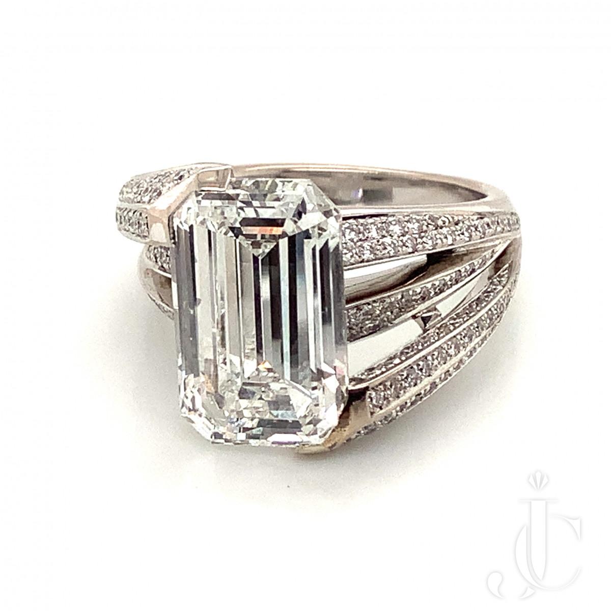Fred Paris 5.04ct F VS1 Diamond Ring