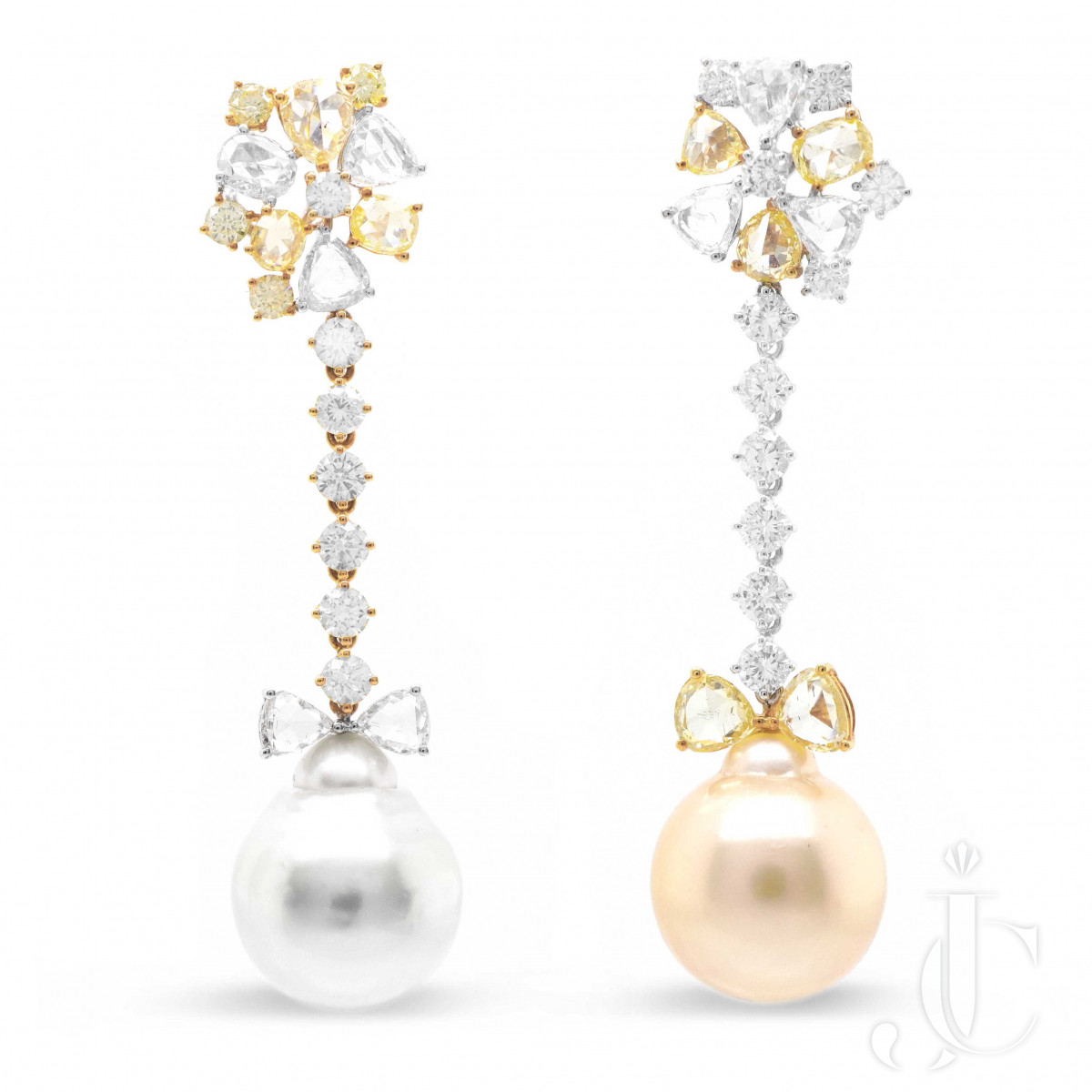Pearly Snowball Chandeliers Earring 52.10 Carat Mix Color Pearl 5.31 Diamond